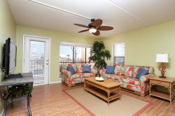 Beach View 2BR/2BA Sleeps 6