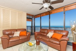 Sea Vista Condo 3 3 BR/2BA Sleeps 8