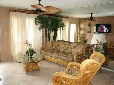 Living Room with Oceanview, LCD TV